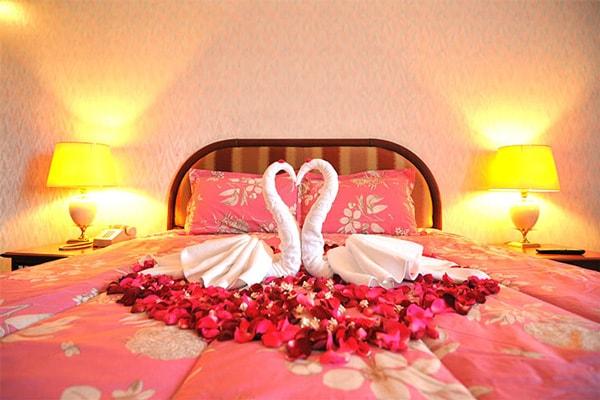 Các kiểu trang trí phòng cưới nhỏ nhưng đẹp