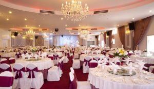 5 kinh nghiệm làm việc với nhà hàng đặt tiệc cưới
