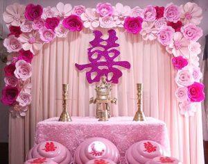 Nên sử dụng và tránh những loài hoa nào trên bàn thờ gia tiên