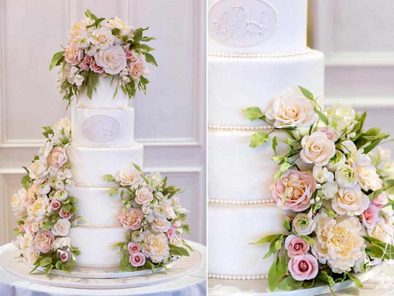 Tìm bánh cưới hoa tươi nhiều tầng đẹp mắt ở đâu 3