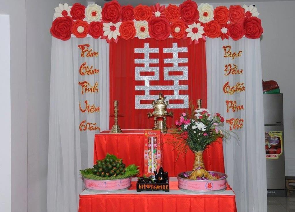 4 yêu cầu khi trang trí bàn thờ gia tiên trong ngày cưới 1
