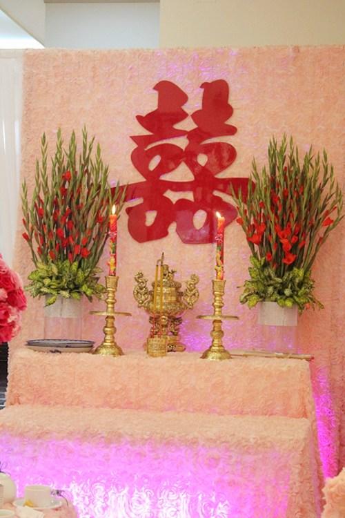 Trang trí nhà cưới bằng hoa sao cho đẹp mắt 1